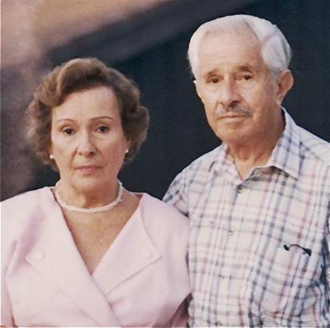 PAPA Y MAMA…