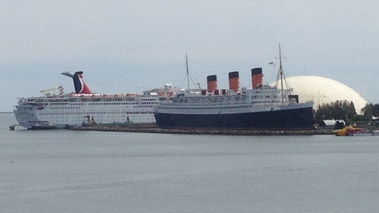 "EL ""QUEEN MARY"""