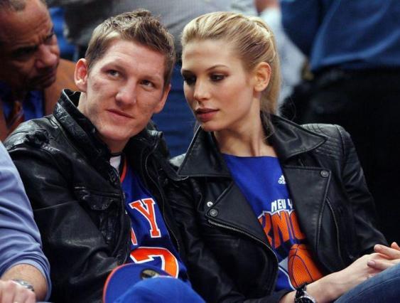 Bastian+Schweinsteiger+Wife+Sarah+Brandner+2012_4