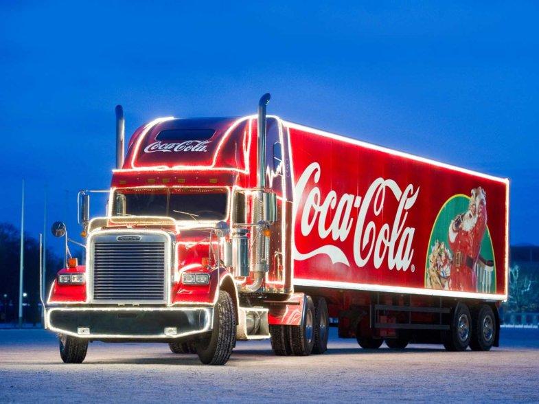 coca-cola-van-at-christmas