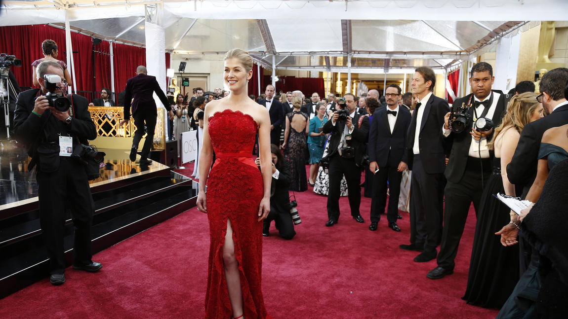 la-et-mn-oscars-2015-red-carpet-arrivals-pictu-042